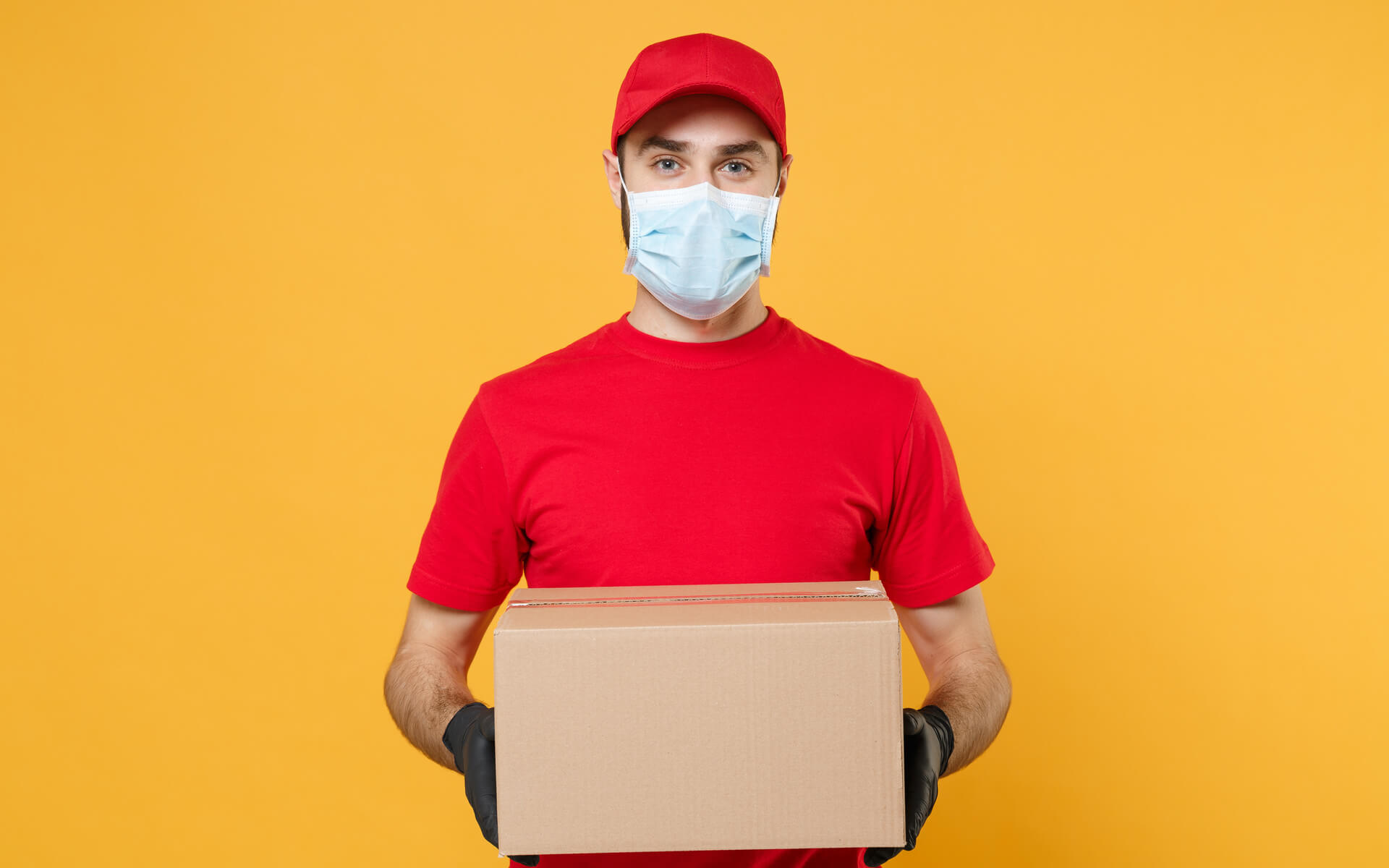 delivery-corona-mask-package-w1920h1200
