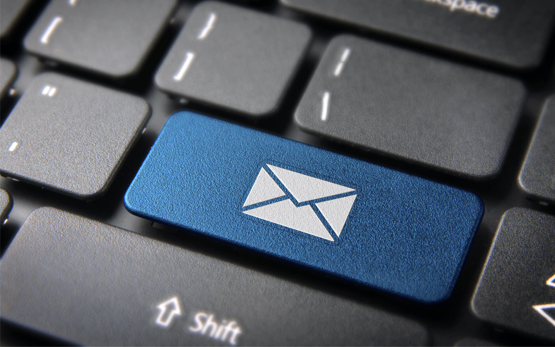 e-mail-marketing-tastatur-w1920h1200