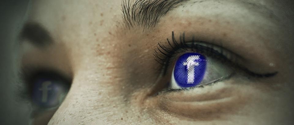 Auge-Facebook2
