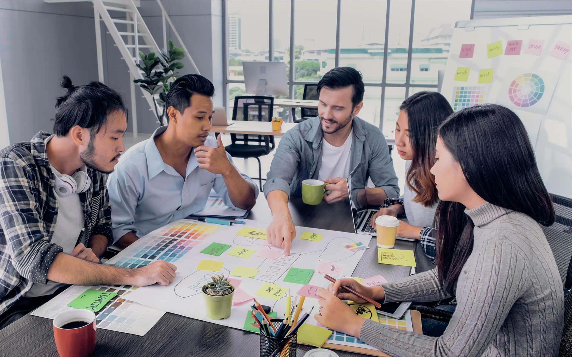 bg-team-planning-brand-management-w1920h1200