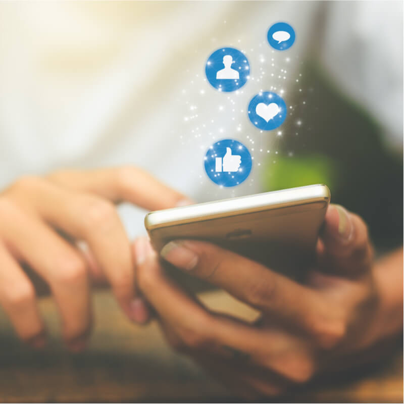 social-media_smartphone_w800h800h